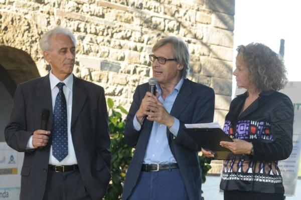 Vittorio Sgarbi, con Carlo Sburlati all'AcquiAmbiente (256)